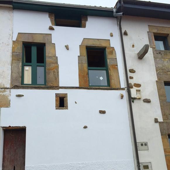 Reparación de fachadas: Construcciones  de Construcciones Espiniella