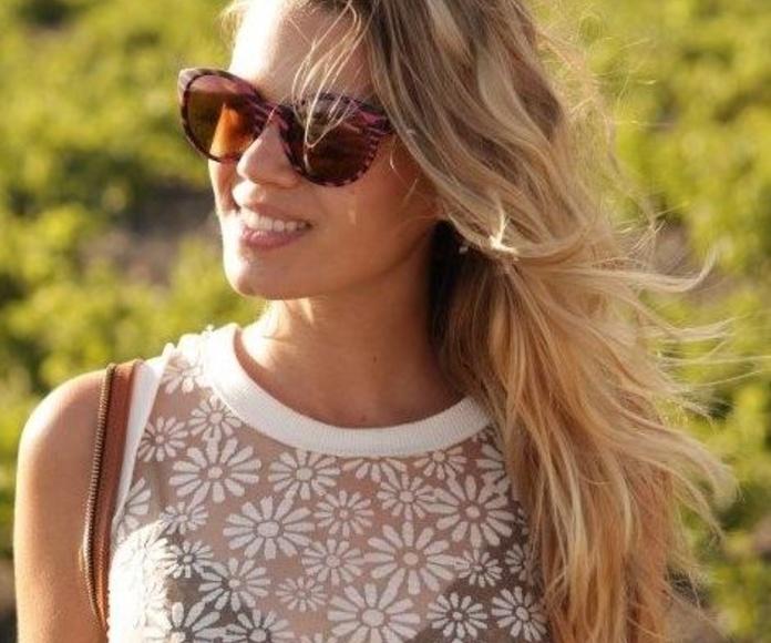 Miriam Pérez, modelo y blogger en la revista ELLE. Llongueras Mirasierra.