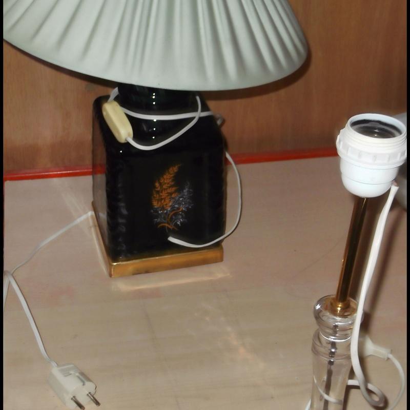LAMPARA DE MESA PIE DE PORCELANA: Catálogo de Autodesguaces De Blas