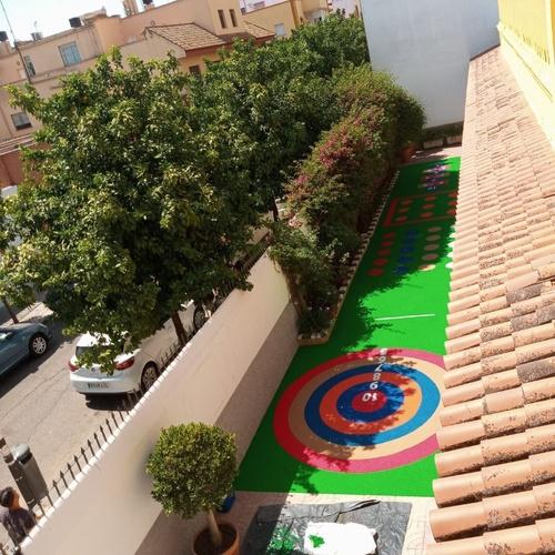 Vista aérea del colegio en Sevilla Pavimentos Garvel