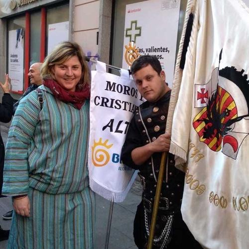 Trajes de moros y cristianos en Valencia | El Mon Fester