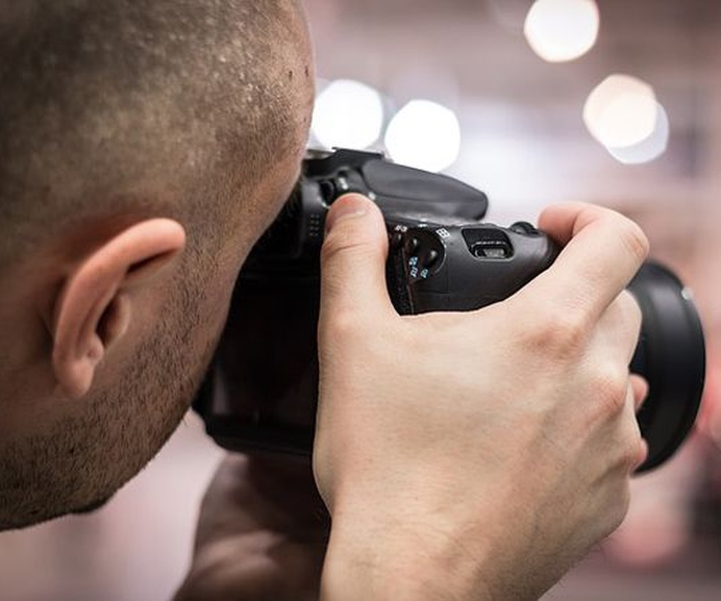 Aprende a sujetar la cámara
