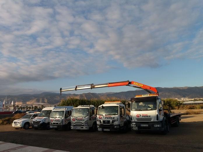 Grúas Perez: Servicios de Neumáticos Pérez