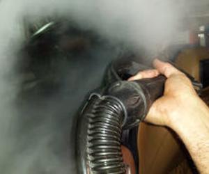 Limmpieza de cristales a vapor