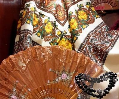 Abanicos: Complementos para trajes de aragonesa