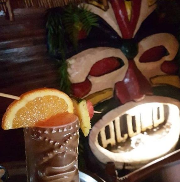 Semiseco: Cócteles de Aloha