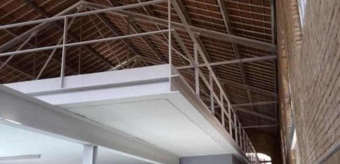Reparación de tejados en Valencia: panel sándwich