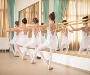 Fundamentos de ballet clásico: la posición de los pies