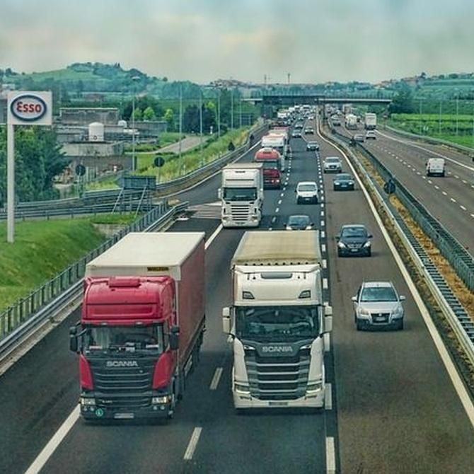 Transporte de personas y mercancías con el permiso B