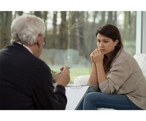 Psiquiatra, miembro Asociación Mundial de Psicoanálisis