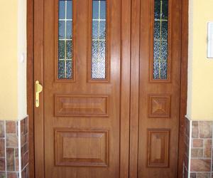 Diseño, fabricación y montaje de todo tipo de puertas y ventanas de aluminio y PVC