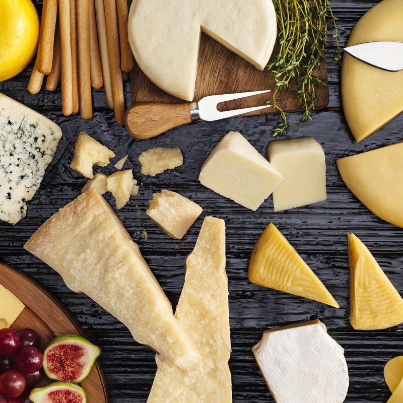 Tabla de quesos de nuestra tierra: Especialidades de Vermuteria El Atrio