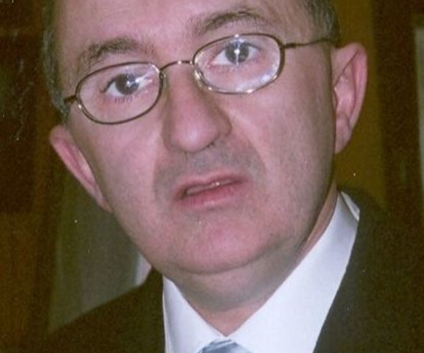 Dr. Arturo Canga Alonso