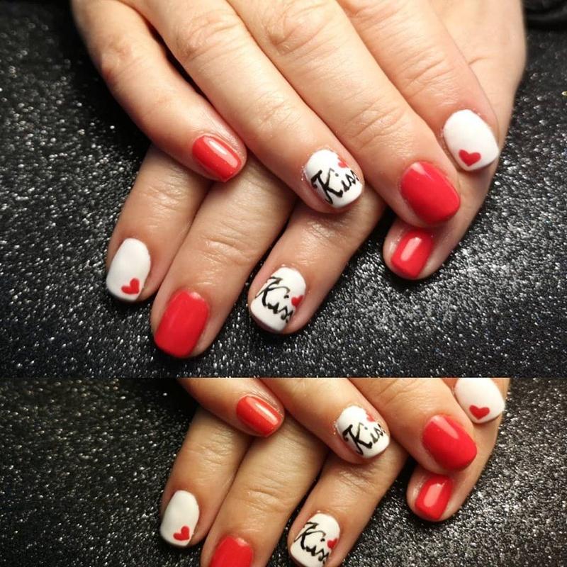 Manicura + esmaltado permanente: Servicios de Cristina Nails