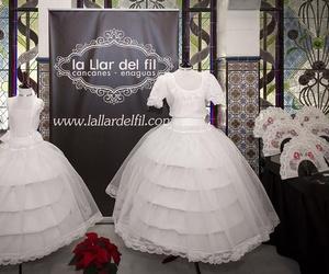 Taller textil artesano especializado en trajes de comunión en Valencia