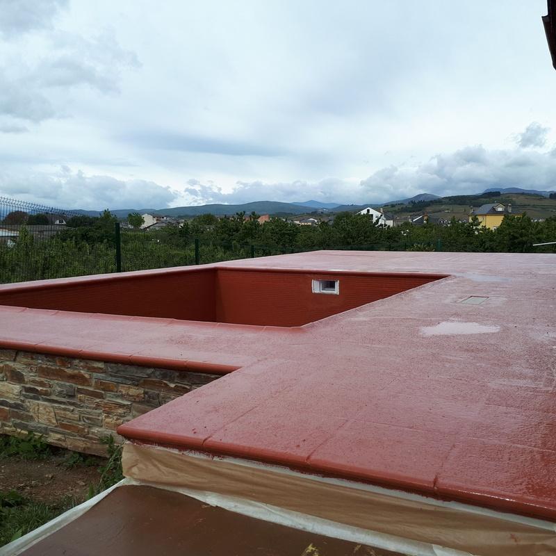 Pavimento impermeable y antideslizante en terraza.