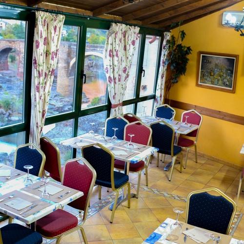 Ven al Restaurante Mesón Museo