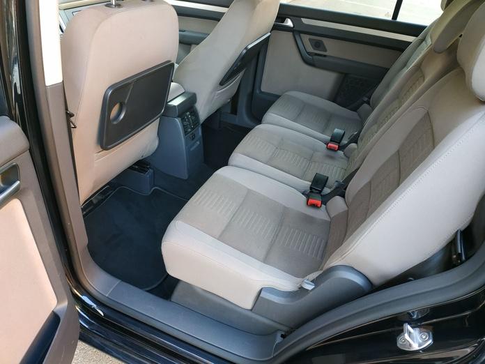 VW TOURAN: PRODUCTOS Y SERVICIOS  de Autotaxi Eliseo