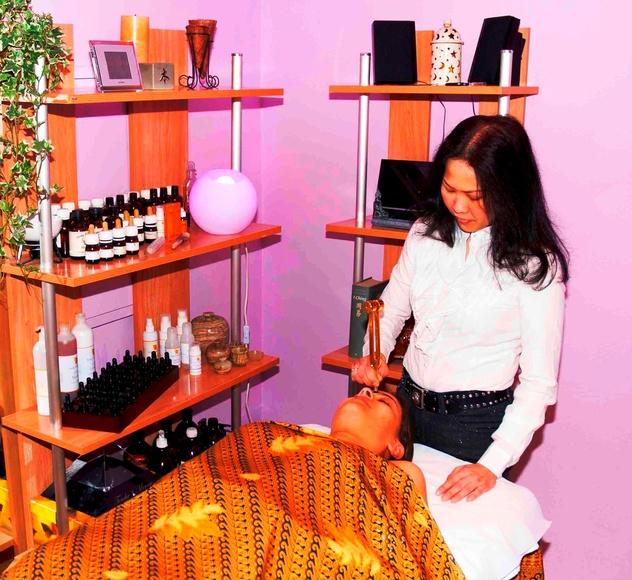 Tratamiento facial con diapasón Touche le Mirage|default:seo.title }}