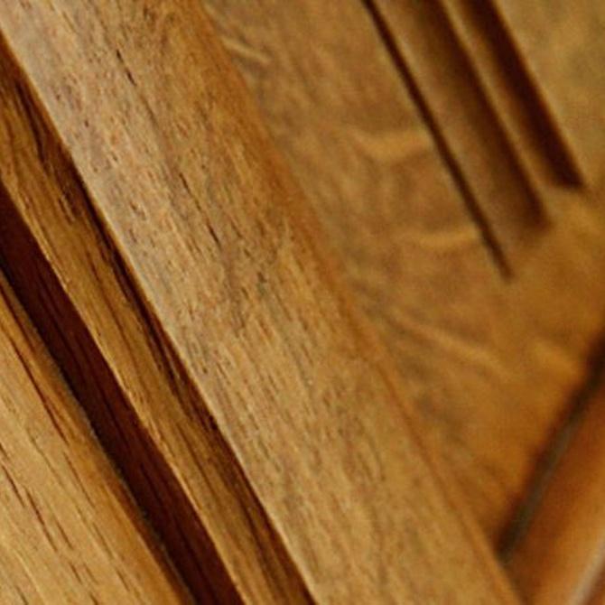 Cómo eliminar los arañazos de las puertas de madera natural