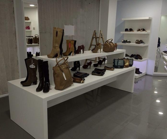 Estanterías personalizadas para zapaterías