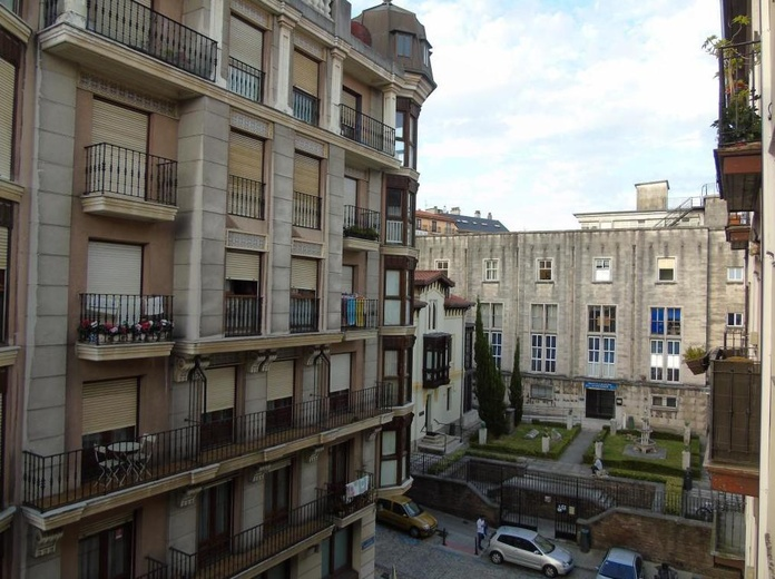 Calle Magañanes: Inmobiliaria y Reformas de InmoHappy Santander