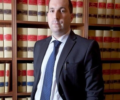 """"""" La información jurídica clara y veraz es necesaria para la seguridad de los clientes"""""""
