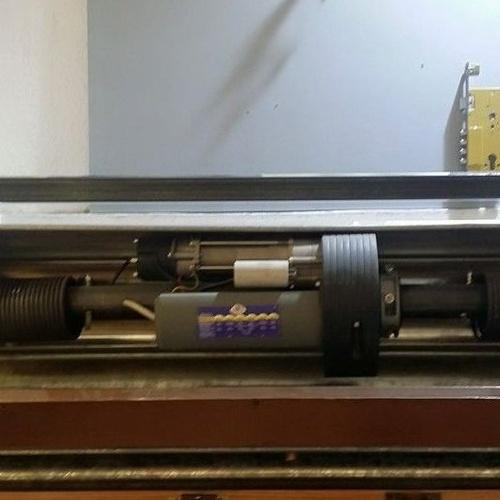 Instalación de motor para persiana metálica enrollable