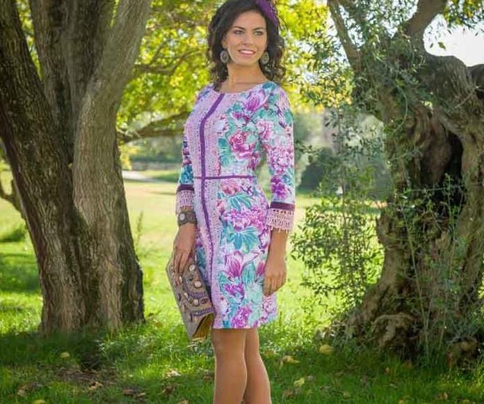 Kayra Xcaret: Vestidos y complementos   de Caprichos