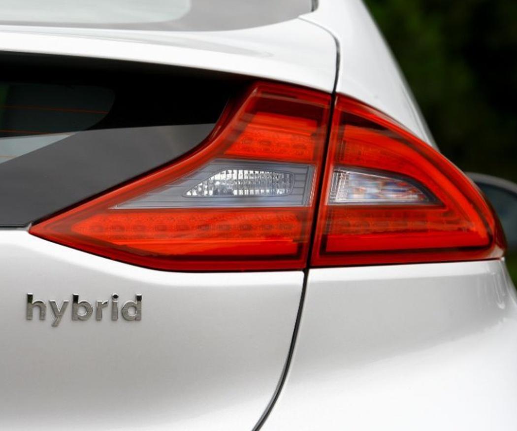 Elige vehículos híbridos comerciales para tu negocio