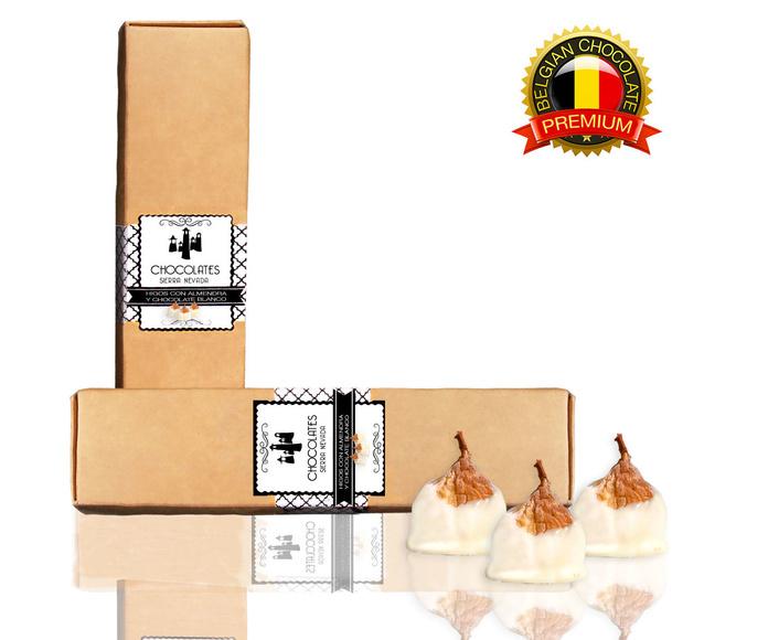 Higos con almendra y chocolate blanco