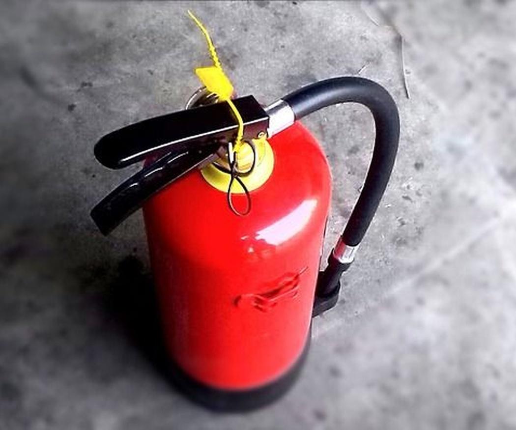 Equipos contra incendios en perfecto estado de mantenimiento