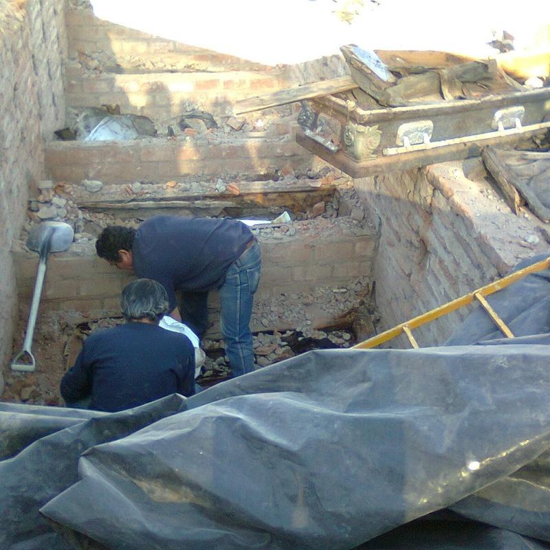 Exhumaciones: Servicios de Funeraria Cuevas