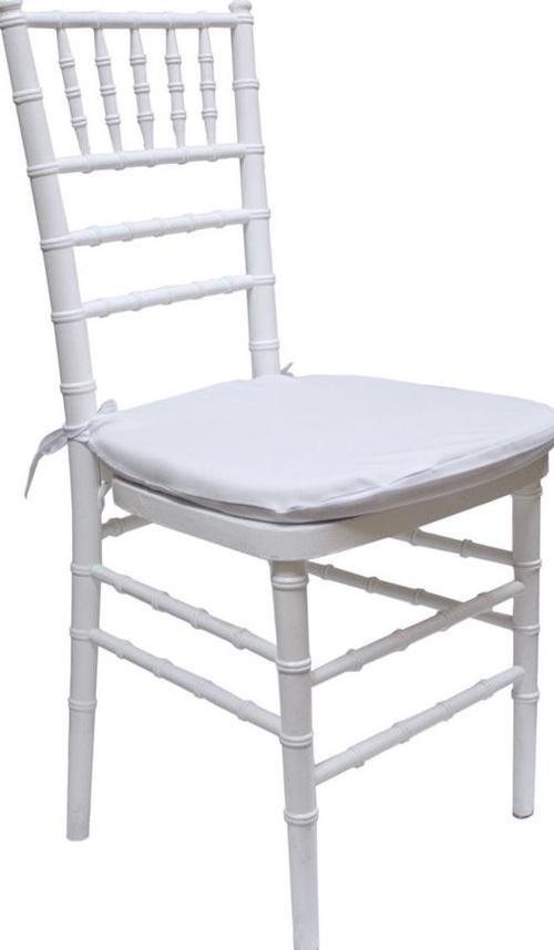 Alquiler de silla Chiavari Tiffany en Asturias.