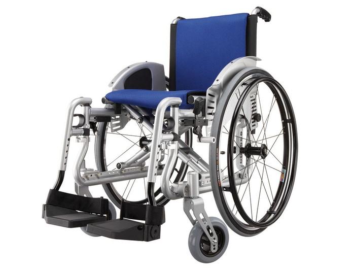 Silla de ruedas adaptable Revolution R2: Productos y servicios de Ortopedia Delgado, S. L.