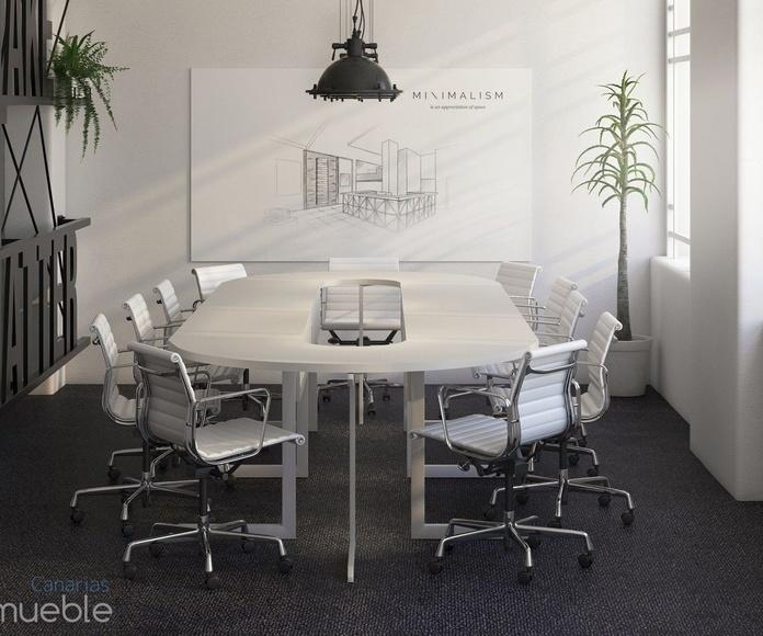 Oficina adaptada a tu espacio.