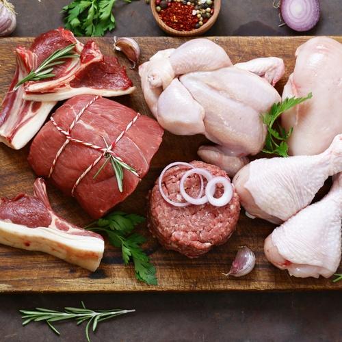 Pollo entre otras carnes