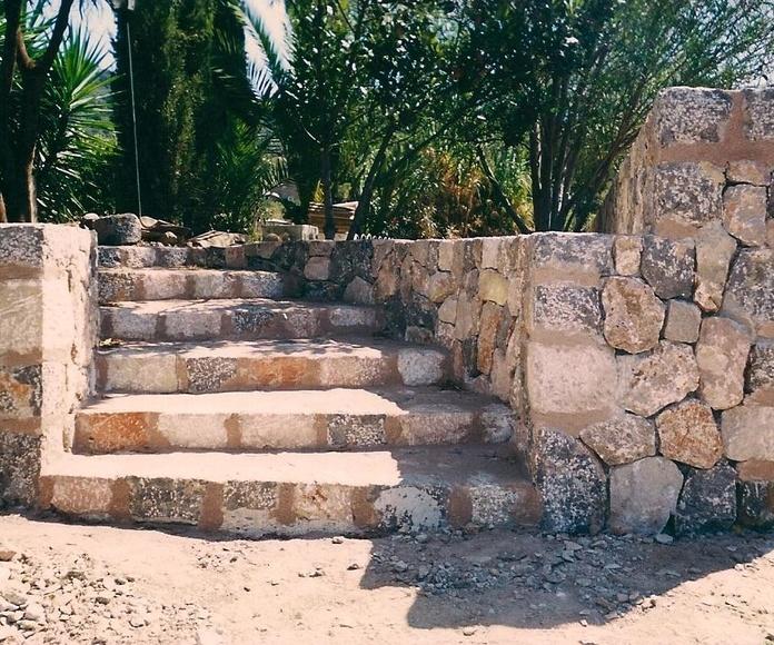 Escalera en piedra natural