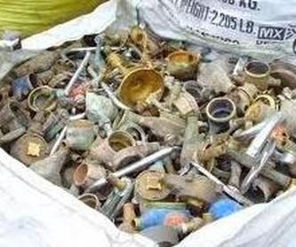 Contenedores: Servicios de Reciclajes Montesinos