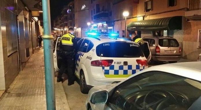 Foto:D.T. Diari de Tarragona https://www.diaridetarragona.com/tarragona/Un-perro-salva-la-vida-de-una-victima-de-violencia-machista-en-Tarragona-20181115-0048.html