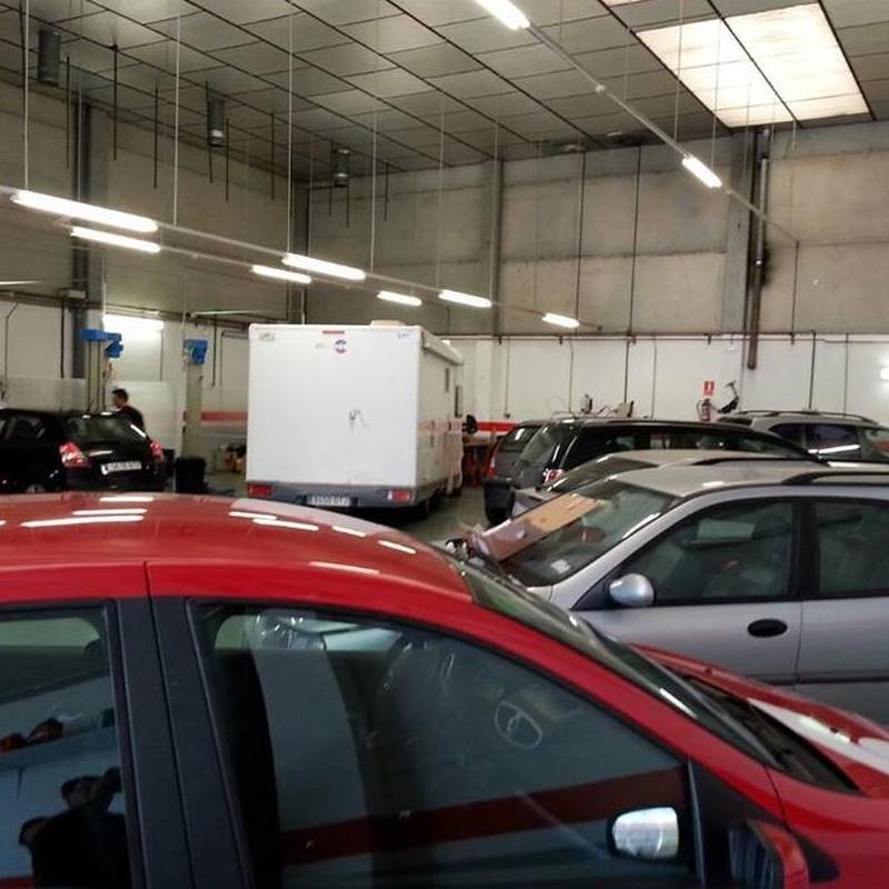 Revisión ITV: Mantenimiento  de Autobox Sabadell