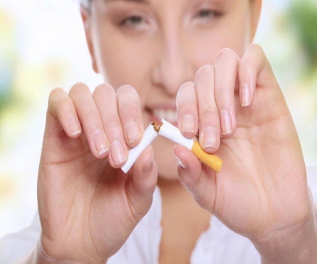 Evita estos hábitos y mejorarás tu salud dental