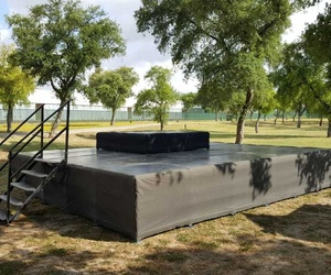 Alquiler, venta e instalación de escenarios en Sevilla