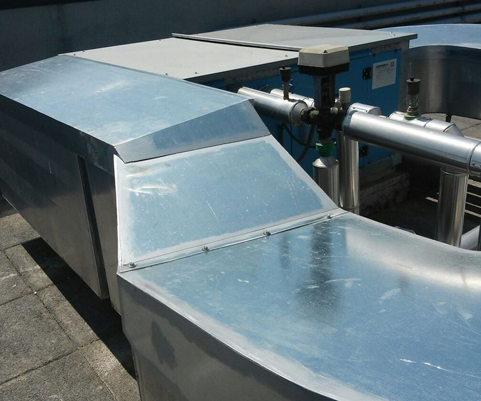 Protección de Equipos de Industria: TRABAJOS de Carpintería Metálica Hialupin