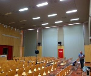 Ensayo de tiempo de reverberación en sala de eventos (Heineken Sevilla)