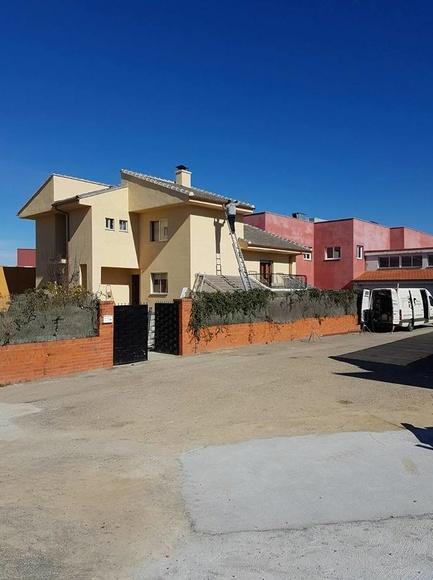 Canalón instalado en Morales del Vino (Zamora)