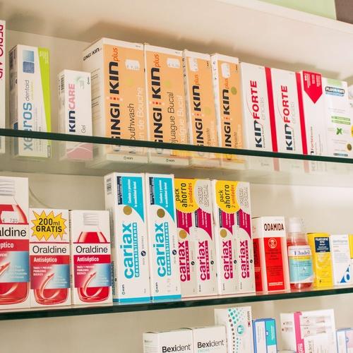 Venta de productos de farmacia en Narón