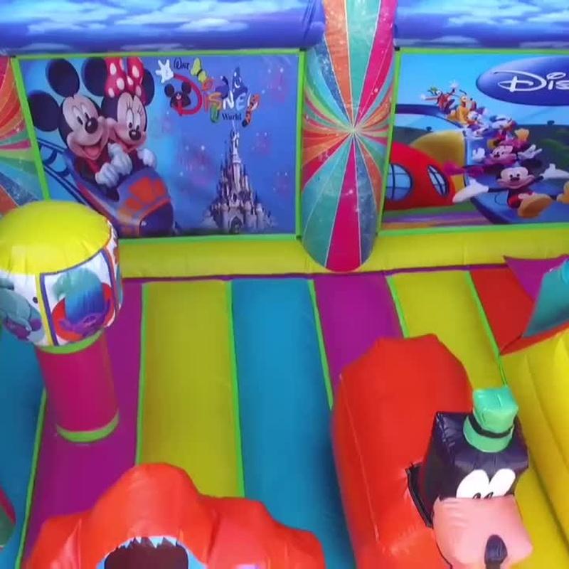 Castillo hinchable plataforma tobogán variado: Catálogo de Hinchables Happy Jump