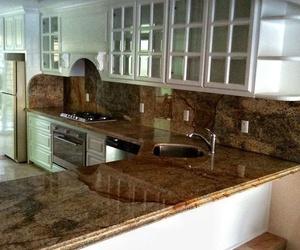 Encimeras de cocina en granito natural