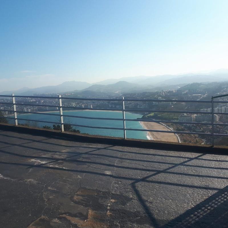 Construcciones en el Monte Igueldo: Productos y Servicios de Talleres Etura
